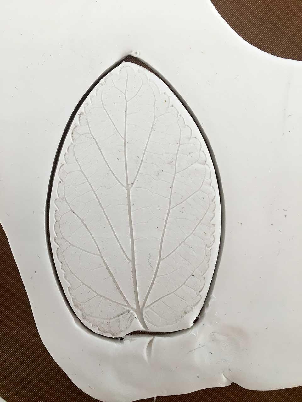 4-leaf-cut