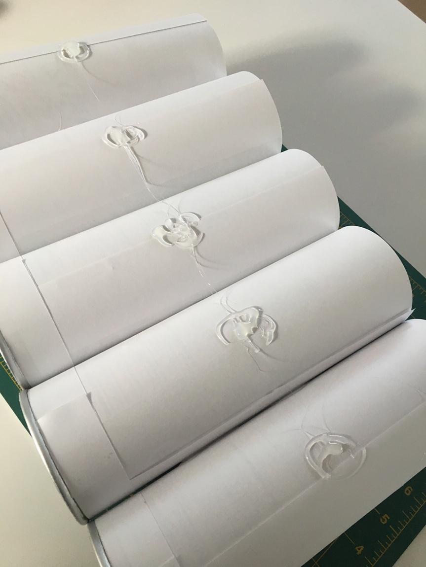 glue-tubes4